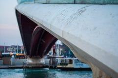 玻璃桥梁威尼斯意大利的关闭 库存图片