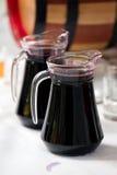 玻璃水瓶酒 免版税库存图片