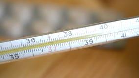 玻璃水银的温度计采取温度 股票录像