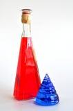 玻璃瓶查出的壳白色 免版税库存照片