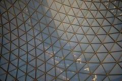 玻璃的抽象样式和钢喜欢蜘蛛网 免版税库存照片