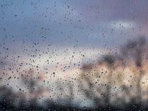 玻璃的雨 免版税图库摄影