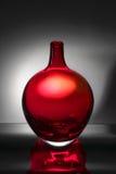 玻璃红色花瓶 库存图片