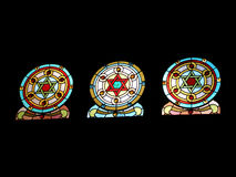 玻璃被弄脏的寺庙视窗 免版税库存照片