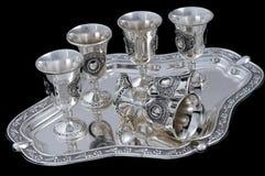 玻璃被设置的银色酒 免版税库存照片