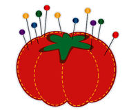 玻璃针垫固定平直的草莓 免版税库存照片