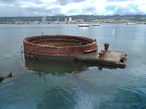 珍珠港,从美国海军亚利桑那号战列舰纪念馆的看法 库存图片