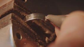 珠宝商设置宝石 工艺jewelery做 圆环修理 把金刚石放在圆环上 宏指令 股票录像