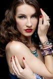 珠宝的美丽的妇女 免版税库存照片