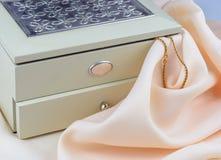 珠宝的配件箱 免版税库存图片