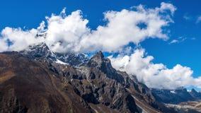 珠穆朗玛峰占领2019年 危险和非常令人激动的旅途 免版税库存图片