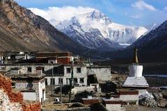 珠穆朗玛峰和flannelette寺庙 免版税图库摄影