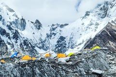 珠穆琅玛营地山风景 图库摄影