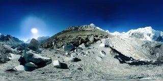 360珠穆琅玛营地的vr在Khumbu冰川的 Khumbu谷,萨加玛塔国立公园,喜马拉雅山的尼泊尔 EBC 影视素材