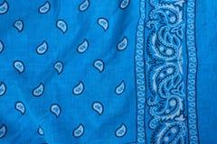 班丹纳花绸蓝色织品 库存照片