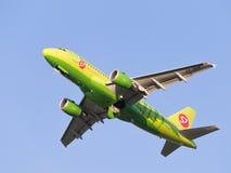 班机空中客车A319-114西伯利亚航空公司 库存图片