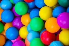 球五颜六色的塑料 库存照片