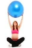 球健身怀孕瑜伽 免版税图库摄影