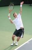 球员服务soderling的网球 免版税库存照片