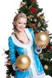 球圣诞节女孩金暂挂性感的微笑 库存照片