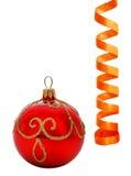 球圣诞节彩纸带 免版税图库摄影