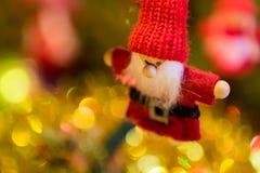 球圣诞节查出的心情三白色 库存照片