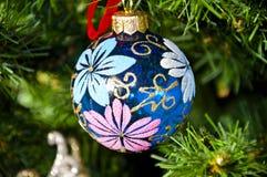 球圣诞节装饰dof浅结构树 库存图片