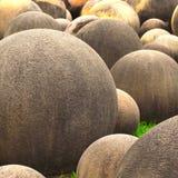 球形的石头 免版税库存照片