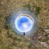 球状全景360 180在海供以人员身分 免版税图库摄影