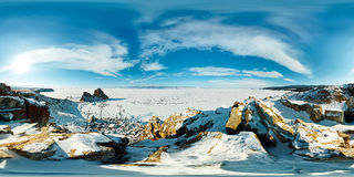 球状全景360 180度在海岛上的海角僧人 库存图片