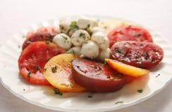 球祖传遗物无盐干酪小的蕃茄 库存图片
