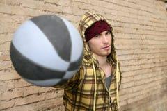 球篮子brickwall grunge球员街道 免版税库存图片