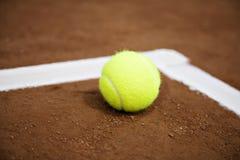 球线路网球白色 库存图片