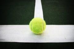球线路网球 免版税图库摄影