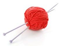 球编织针羊毛 图库摄影