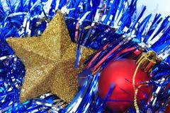 球配件箱分行圣诞节手摇铃装饰品 免版税图库摄影
