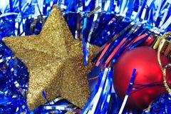 球配件箱分行圣诞节手摇铃装饰品 免版税库存照片