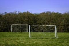球门柱准备好反撞力  图库摄影