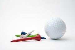 球高尔夫球一桔子发球区域 库存图片