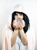 球水晶观看者 库存图片