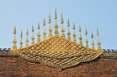 琅勃拉邦寺庙屋顶山墙尖顶  库存图片