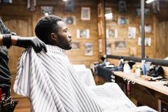 理发师的客户 库存图片
