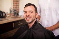 理发店的愉快的顾客 免版税库存图片