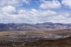 理塘县在西藏 图库摄影
