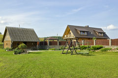 理想修饰的欧洲村庄 免版税库存图片