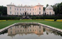琥珀色的博物馆palanga 免版税库存图片