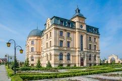 琥珀色的宫殿在Wloclawek 图库摄影
