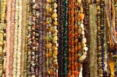 琥珀色的小珠石头 库存图片