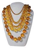 琥珀色的小珠项链 免版税库存图片
