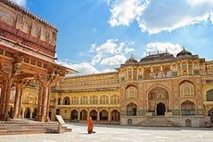 琥珀色的装饰的详细资料堡垒网关印度斋浦尔 琥珀色的堡垒印度斋浦尔 免版税库存照片